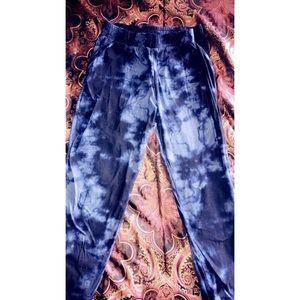 Denim - Jumpin on a Jet Tye dye pants 💙